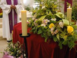 14 novembre 2006: Célébration d'obsèques à l'église Notre-Dame de l'Assomption à Ormesson, (94) France.